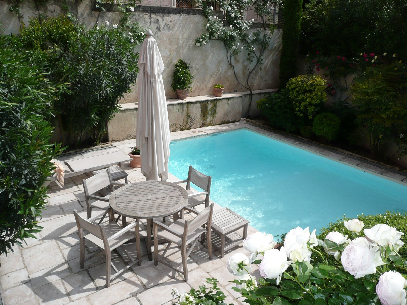 Archives immobilier de prestige luberon immobili re du for Piscine 18eme