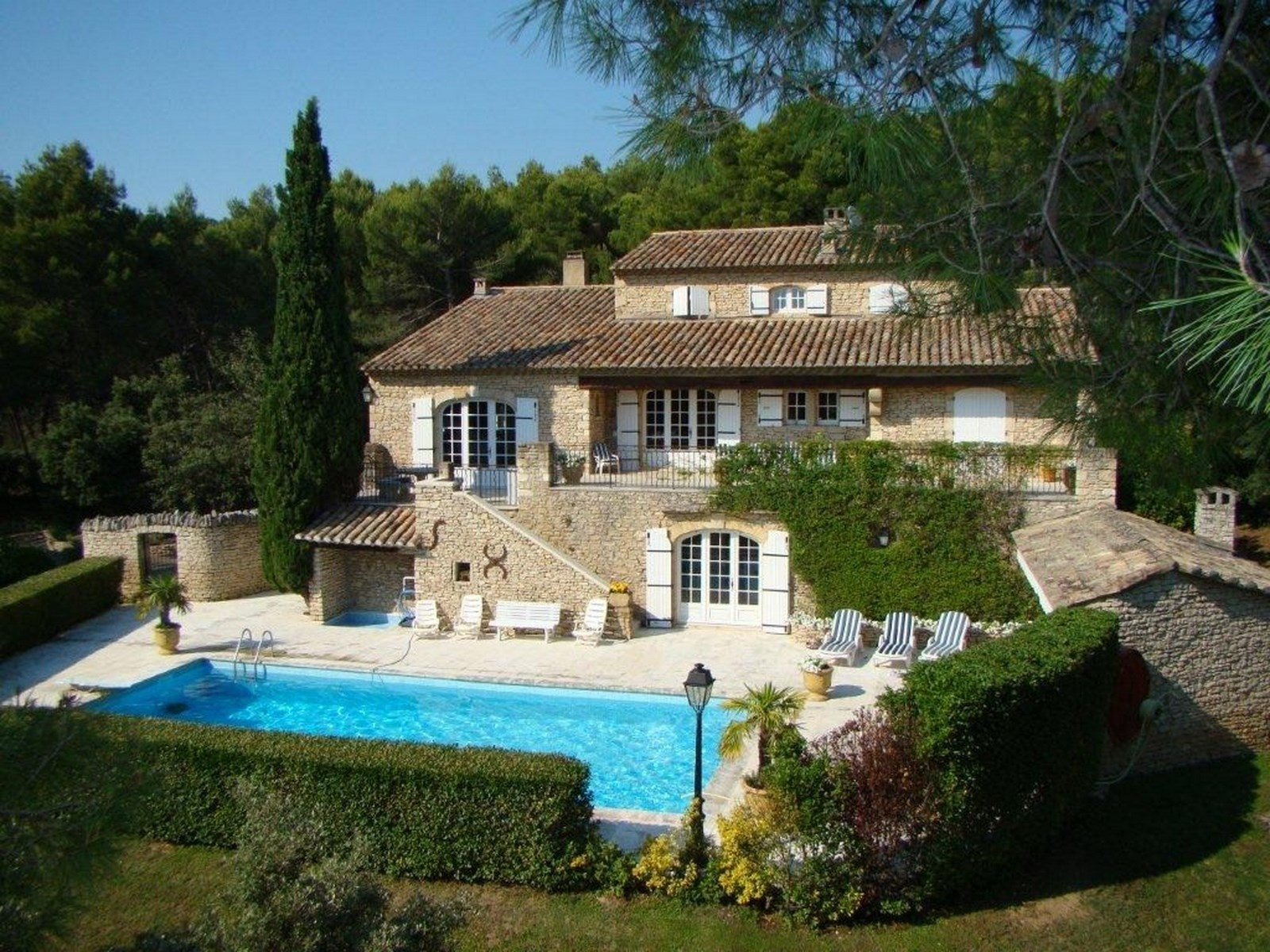 Immobilier de prestige luberon for Site immobilier france