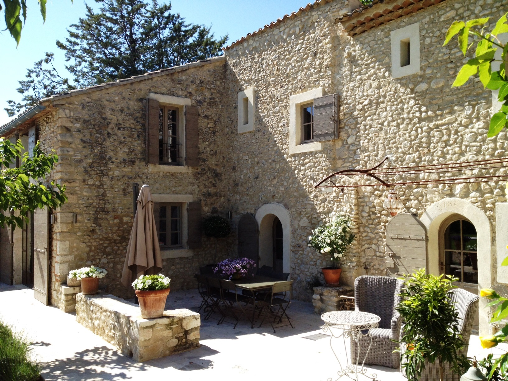 Sale Stone Farm House 18th Gordes Fully renovated, 18th century stone-built farmhouse ...