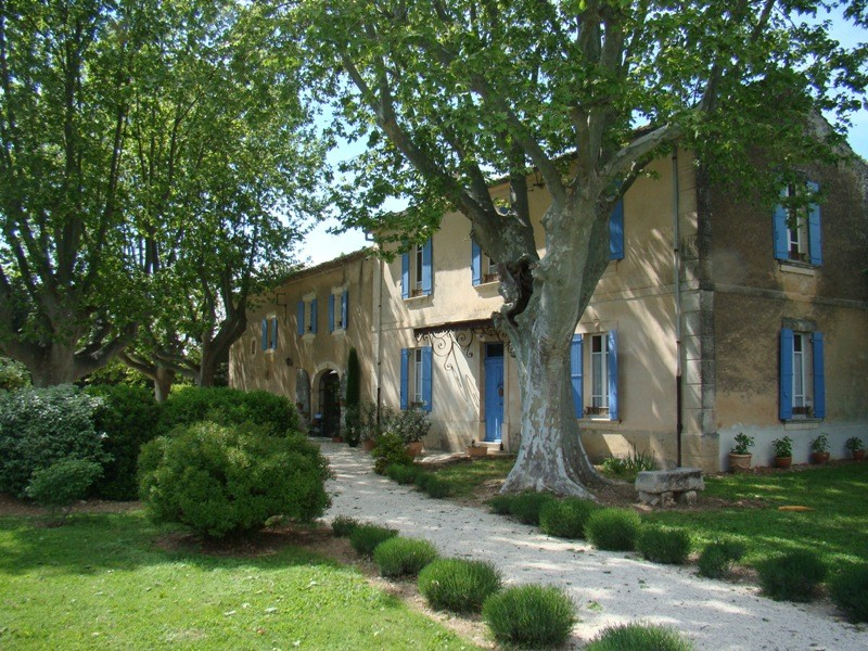 Vente maison de vacances atypique la campagne saint for Bastide au jardin secret