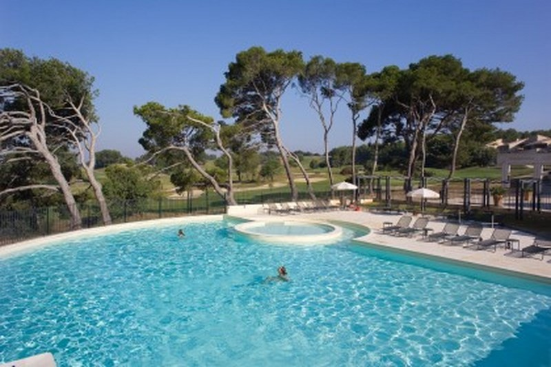 Piscine du Provence country club