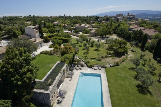 Luxury property for sale in Gordes with panoramic view